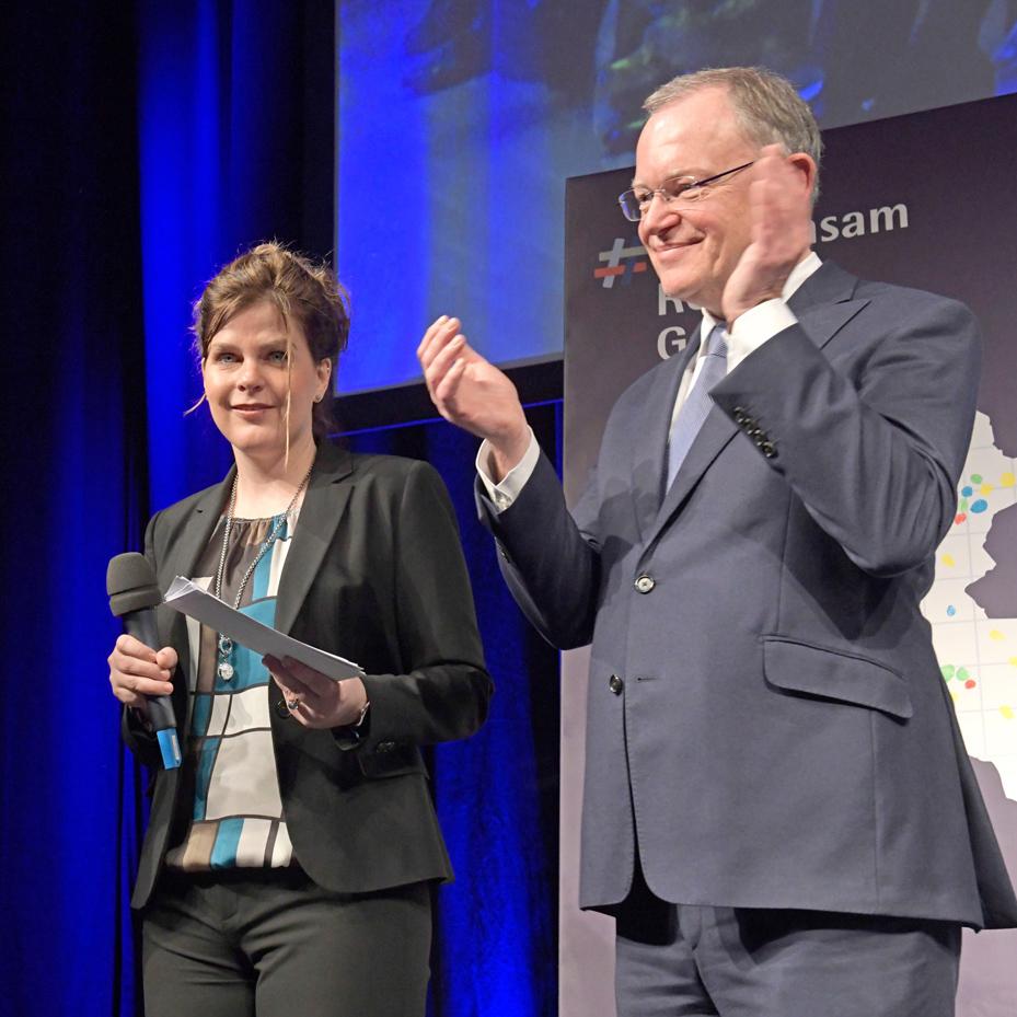 Silvia Stoll im Interview mit Ministerpräsident Heil